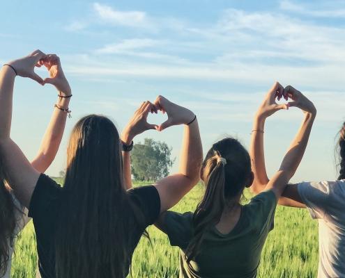 Zusammen Herzen formen